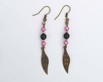 Earrings fancy feathers and pearls roses