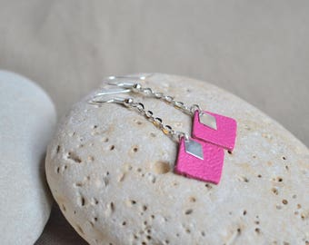 Dangling Silver earrings with a square pink leather