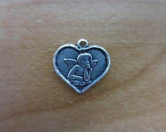 Angel heart charm
