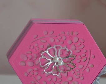 Hexagonal flower and Ribbon gift box