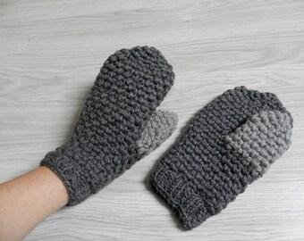 Very warm gloves gray mittens