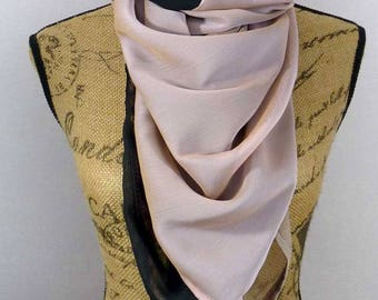 Square scarf 140x140cm Mila black pink and taupe