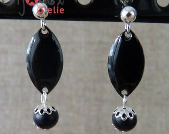 Silver earrings, wooden bead and sequin black