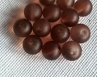 Set of 13 Brown frosted glass 6mm beads