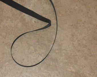 1 meter of 100% polyester 15 mm wide black grosgrain