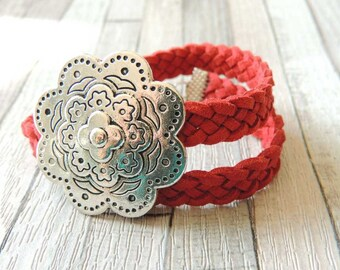 Bracelet 2 turns red imitation suede flower OWL Toggle clasp loop
