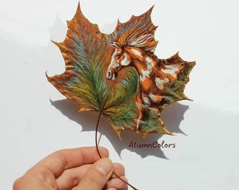 Nature art Original painting on maple leaf painted leaf, painting on leaves, eco-friendly art, original art, gift for hores lovers