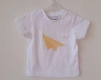 T-shirt with appliqué cotton origami effect