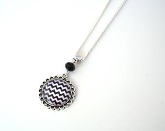 Collier mi long black and white herringbone, necklace cabochon black and white chevrons