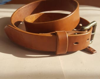 """35"""" inch or 890mm long, 35mm width natural tan colour 5mm thick men's belt."""
