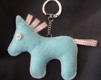 KEYCHAIN OR GRI-GREY FELT CAT BLUE TENDER/BEIGE BAG