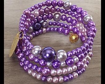 Bracelet 4 row memory with glass beads.
