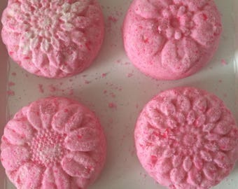 Flower Shaped Bath Bombs with Essential Oil (HELPS WITH HEALTH)!