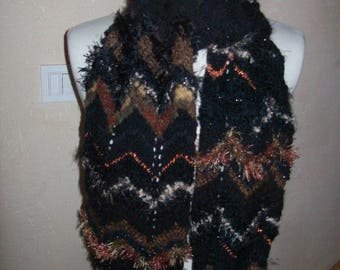 col.noir hand knitted wool scarf