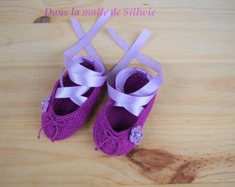Mini purple decorative ballet shoes