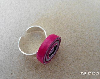 Pink, black, purple and white quilling cylindrical ring