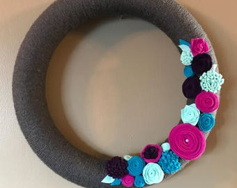 Gray teal and fuscia yarn and felt wreath