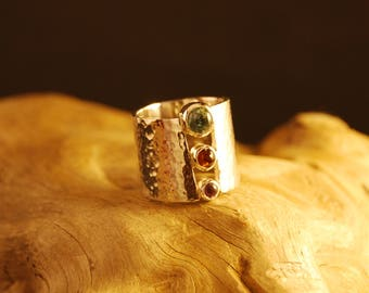 "Original and handcrafted silver ring ""triptych""."