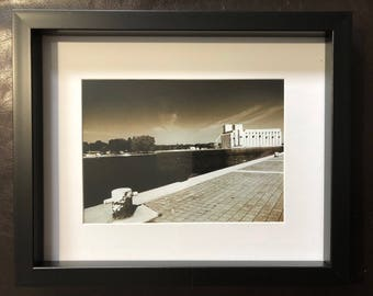 Wall Decor Port Owen Sound: Black and White Photograph