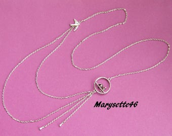 Necklace discreet and refined at the same time line