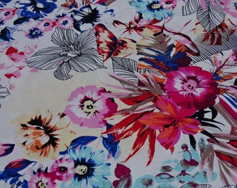 Flowers printed viscose jersey fabric