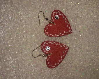 WOODEN EARRINGS DECORATED WITH A SMALL RHINESTONE