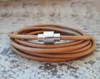 Magnetic clasp for 5 mm round cord