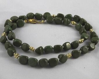 Forest Green Serpentine Necklace