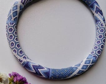 Crochet bead necklace