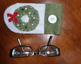 Wreath Eyeglass Case