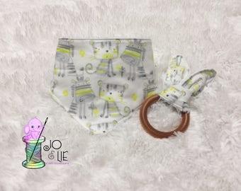 Bib bandana and bunny ears wooden teething rings