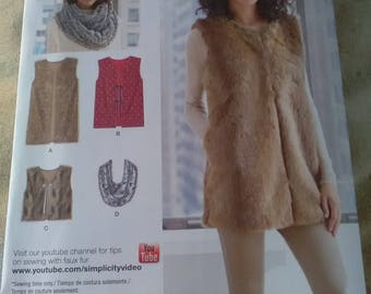 Simplicity 8219. Brand new sewing pattern lined gilet vest and scarf. XS - XL