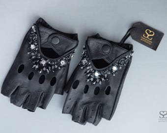 Ladies real leather fingerless driving gloves decorated with swarovski crystals