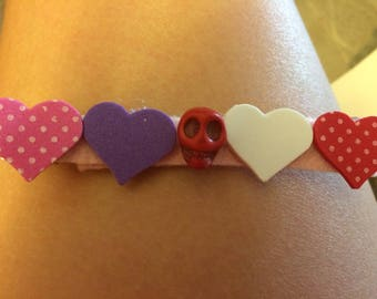 Red skull with hearts barrette