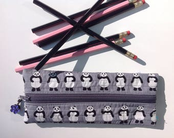 Zipped pencil case: Pandas