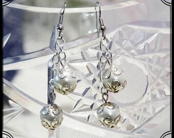 "Handmade white/Silver earrings created by ""B.B. Bijoux"""