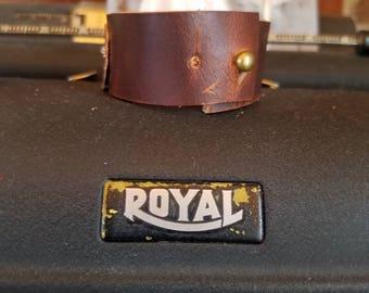 Handmade Hammered Copper and leather bracelet