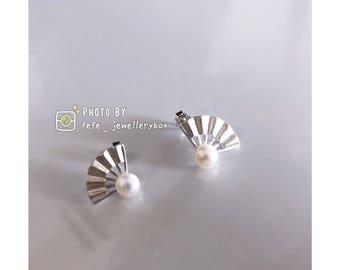 100 % Sliver Fan Shape with Pearl Earrings