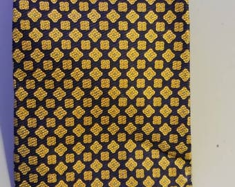 "Burberrys London Men's 100% Pure Silk Neck Tie Blue/Gold 4"" x 59"" RN 28961"