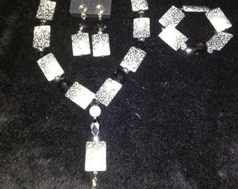 Black and White Animal Print Jewelry Set