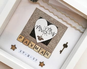 Personalised couples frame decoration