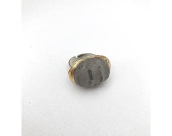 Gold foiled concrete grooved adjustable ring