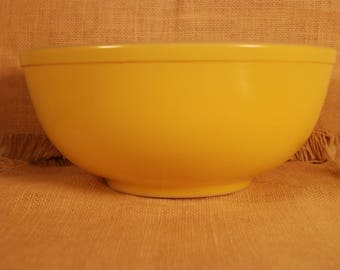 Large Yellow Pyrex Mixing Bowl- 10 1/2 inches in diameter (top)