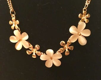 Gold plated floral beaded necklace
