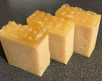 Handmade Speciality Soap - Honeycomb, Aloe and Calamine