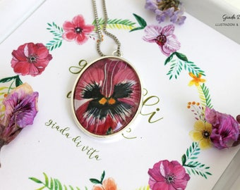 Purple oval medallion of thought, hand made medallion, medallion with flower, necklace, gift idea, gift for you, flower painting