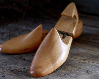 French size 42. French antique pair wooden shoetrees 1900. Vintage shaped shoes. French coat hanger. Vintage bookend. Industrial accessories