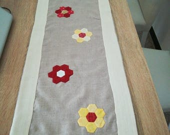 Table Runner with patchwork flowers