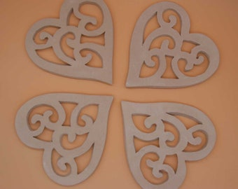 Big hearts to hang, to ask, and excipient white earthenware - set of 4