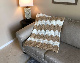 Beige & White Ripple Pattern Afghan